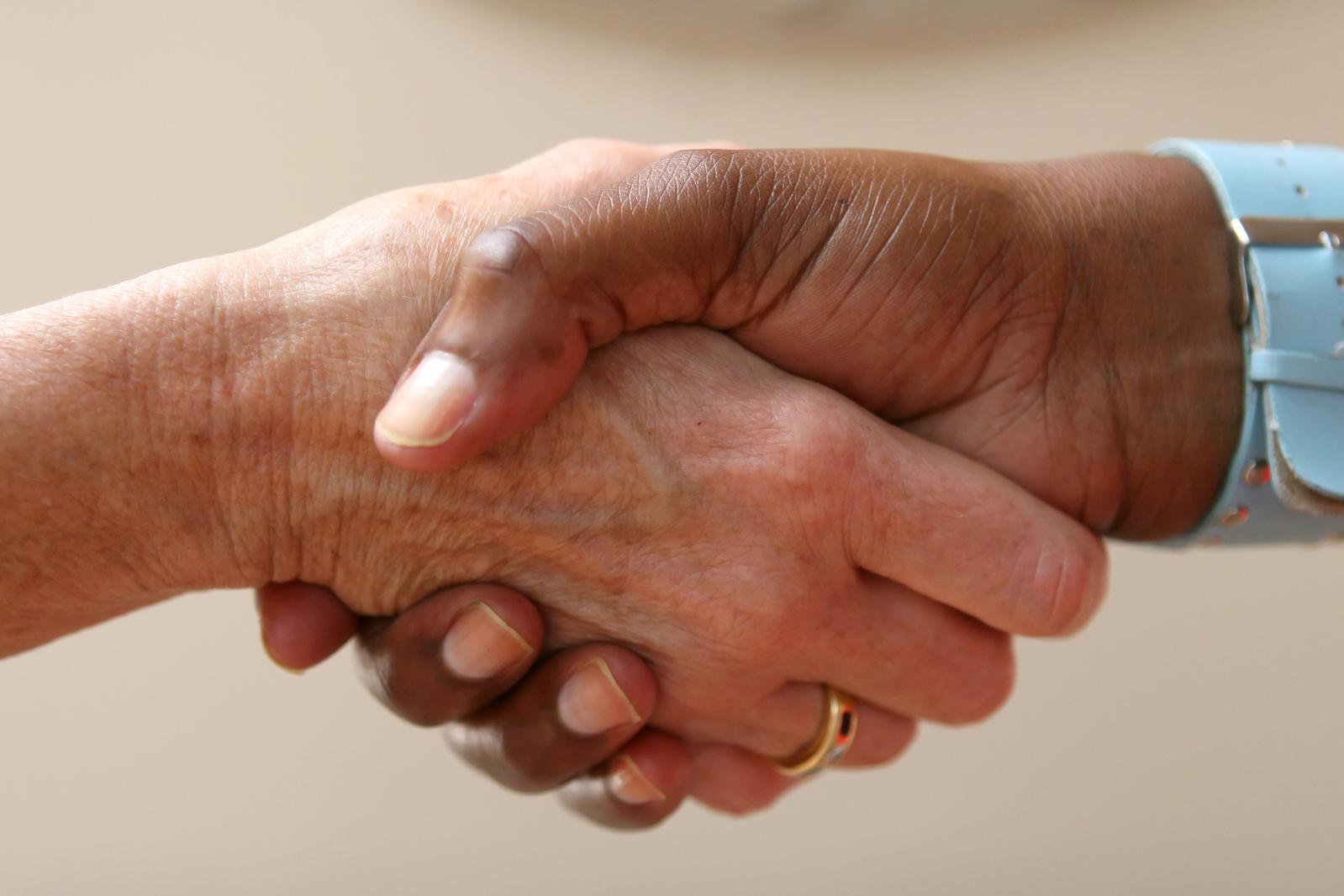 earn customer trust m4